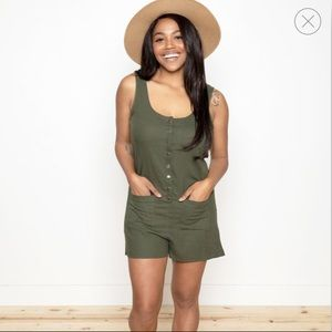 NWT - RAVEL BUTTON UP ROMPER
